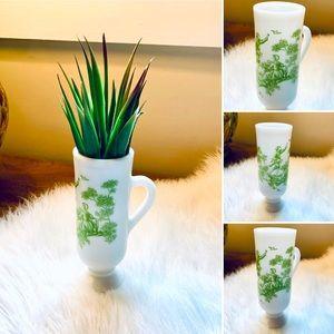🦋2/$10 3/$15 4/$18 5/$20 Vintage Milk Glass Goblet